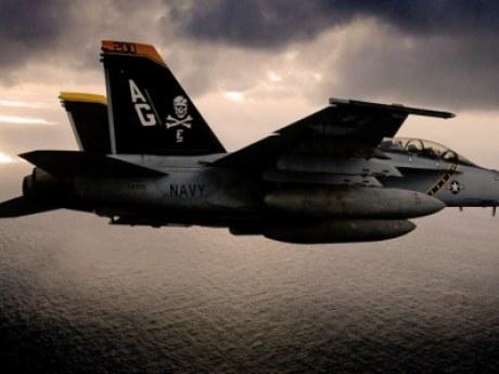 В НАТО серьезное ЧП – взорван самолет, патрулировавший границу с Россией